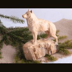 "Статуэтка ""Волк на скале"""