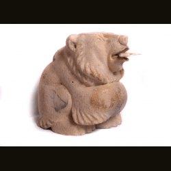 Медведь с рыбкой
