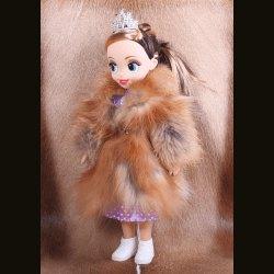 Кукла в шубке