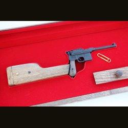 Макет пистолета системы Маузер К-96