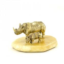 """Композиция """"Носорог и носорожек"""""""