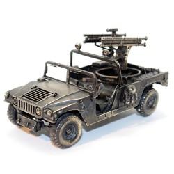 Модель ЗРК Стингер на базе автомобиля Хаммер