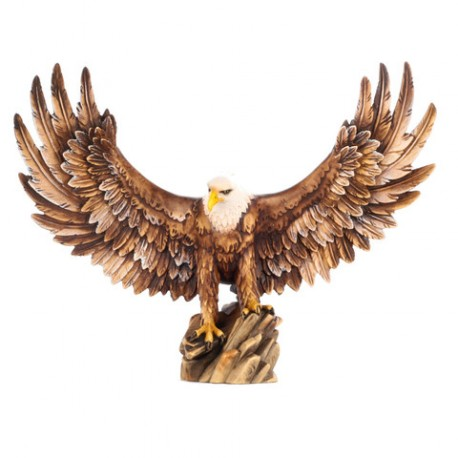 Взлетающий орел